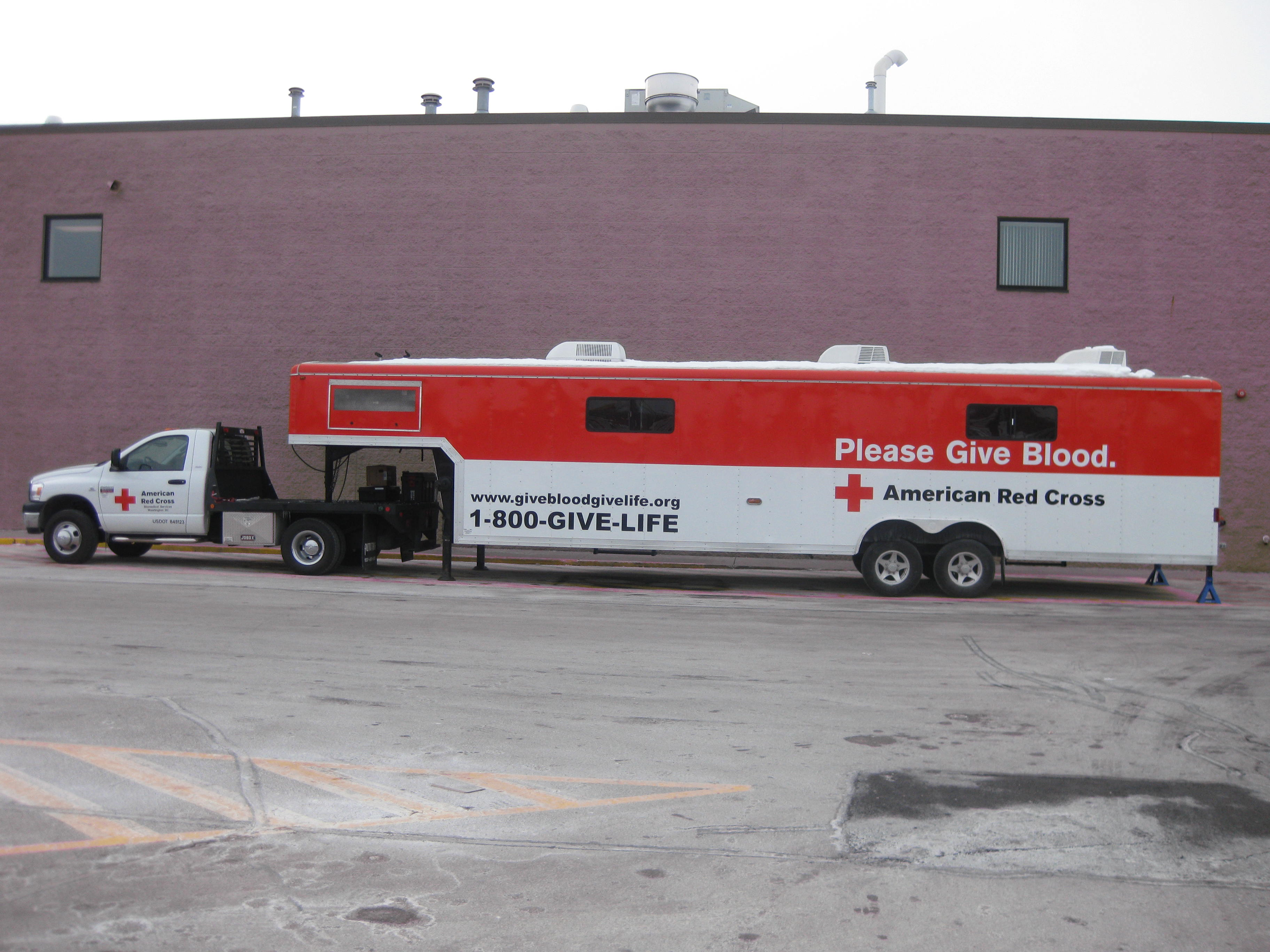 Festival Foods In DePere Is Hosting A Blood Drive From 900am 200pm For The General Public American Red Cross Donor Coach Will Be Parked