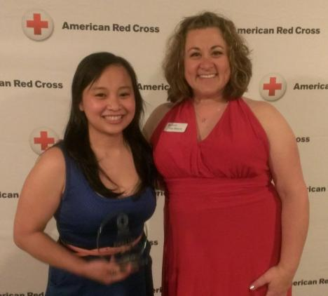 (l) Pakou Lee, Rookie of the Year with Jody Weyers, Volunteer & Communications Director.
